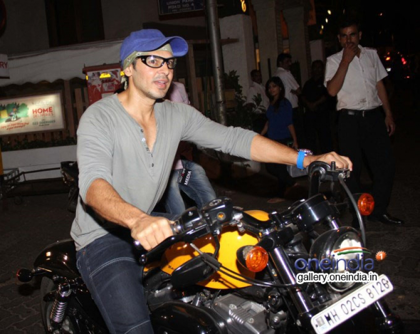 Dino Morea Photos