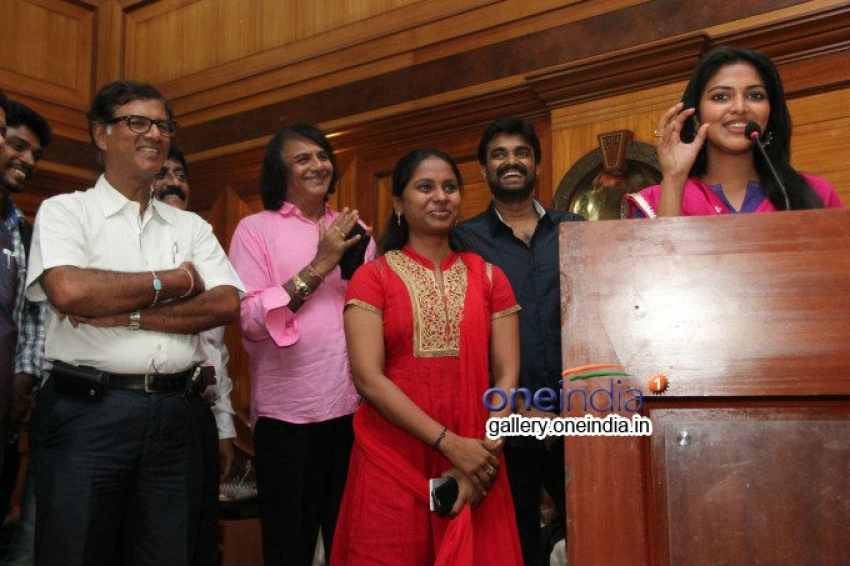 Director A. L. Vijay and Actress Amala Paul Press Meet Photos