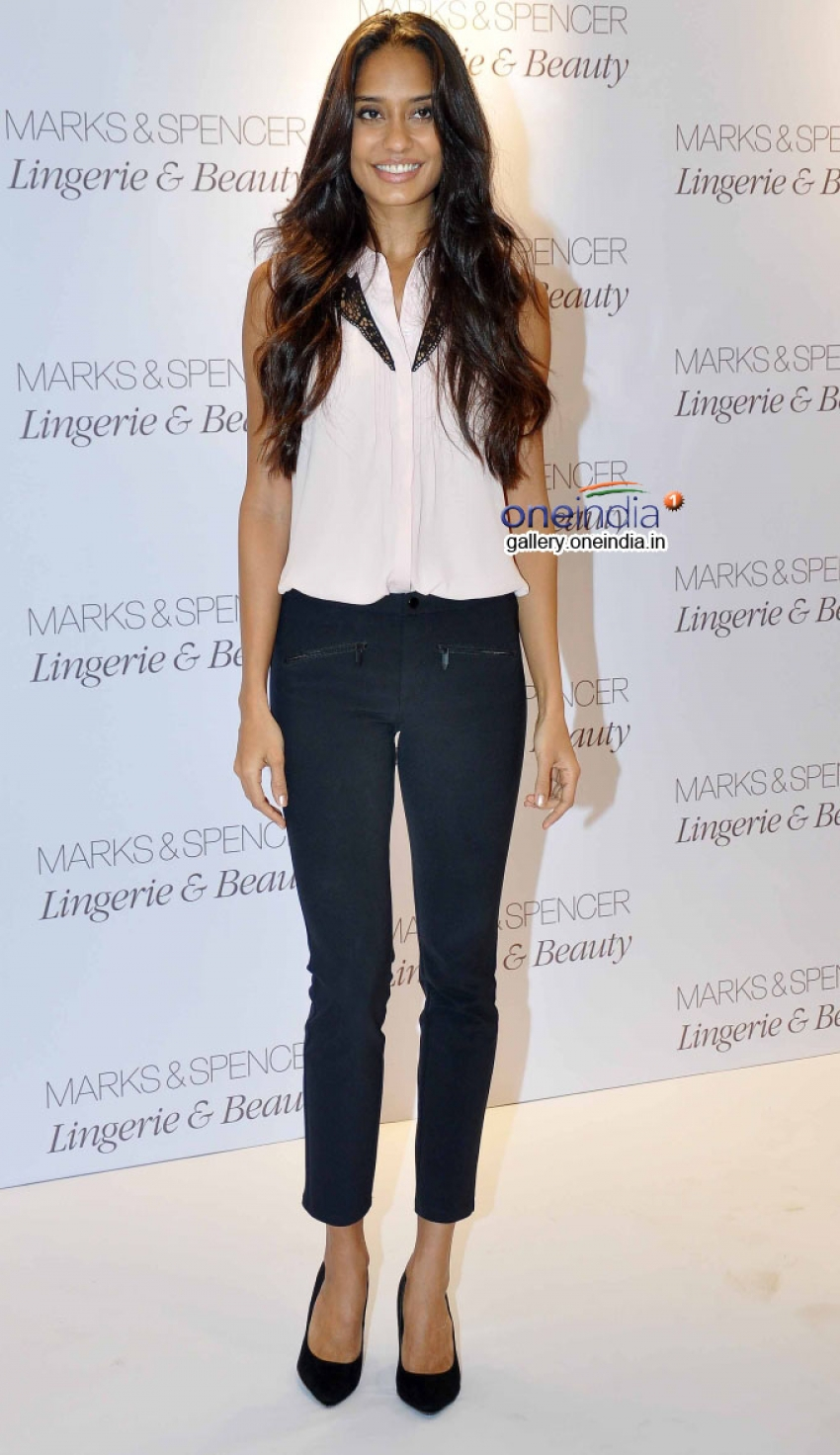 Lisa Haydon launched Marks and Spencer's Lingerie Line Photos