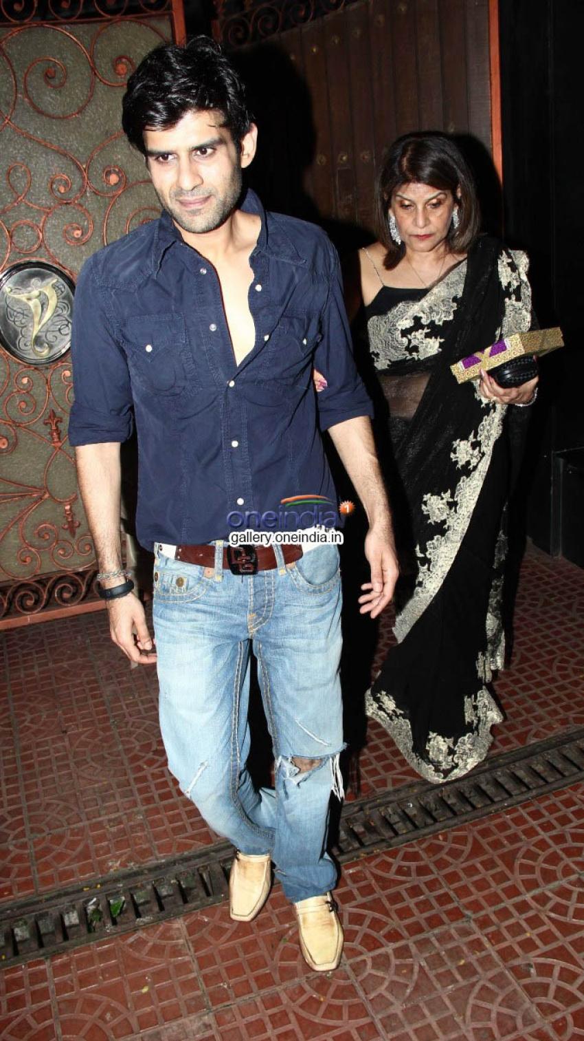 Celebs Come to Wish Newly Wedded Couple Rani & Aditya Chopra Photos