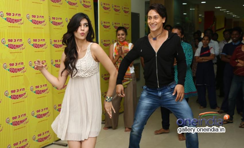 Tiger Shroff and Kriti Sanon promote Heropanti at Radio Mirchi Photos