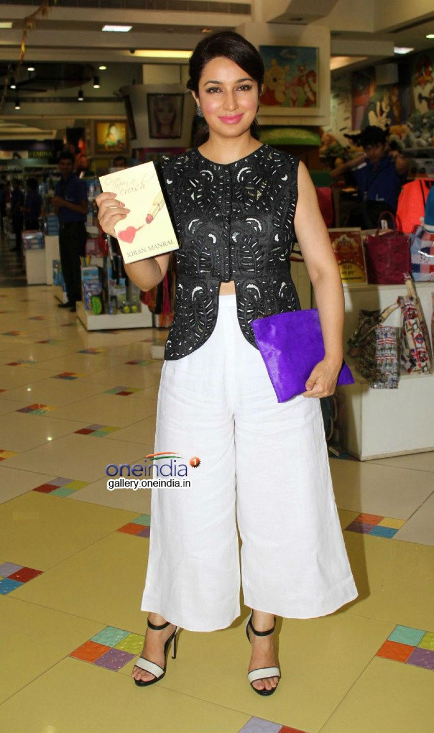 Tisca Chopra launches Kiran Manral's book 'Once Upon A Crush' Photos