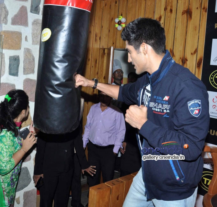 Fugly Team Launched TAP Sports Bar Photos