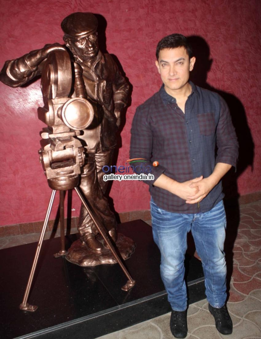 Aamir Khan's documentary on journey of Lagaan Photos