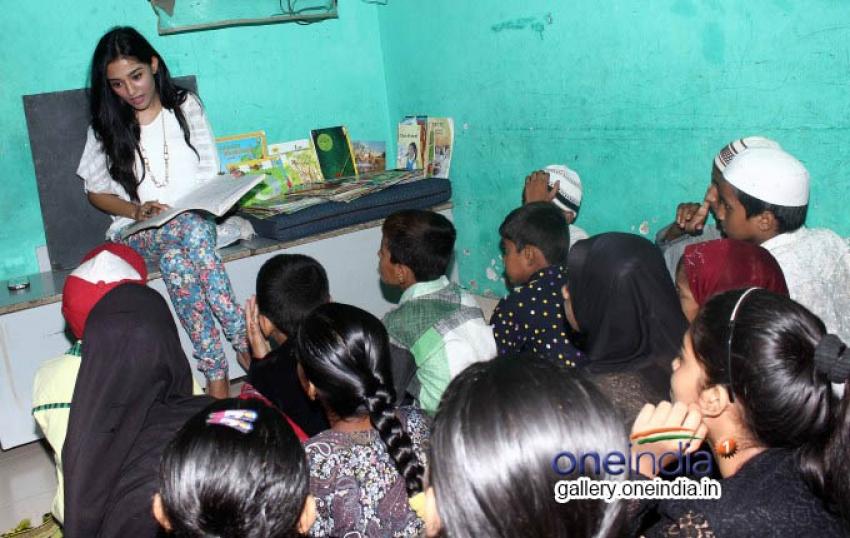 Amrita Rao Visits NGO Pratham Photos