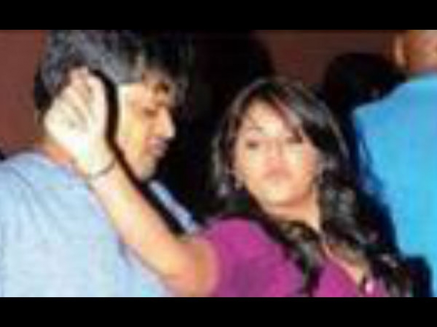 Anjali's Shocking Late Night Party Photos