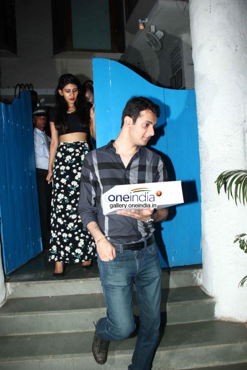 Arjun Kapoor & Siddharth Malhotra Wishes Sonakshi Sinha on her Birthday Photos