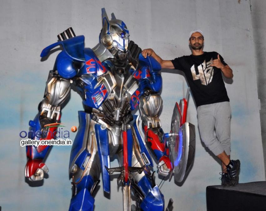 Unveiling of Transformers 4 lead robot Optimus Prime Photos