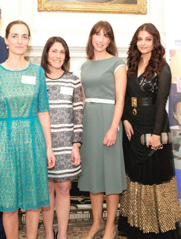 Charity work beckons Aishwarya Rai Bachchan to London Photos