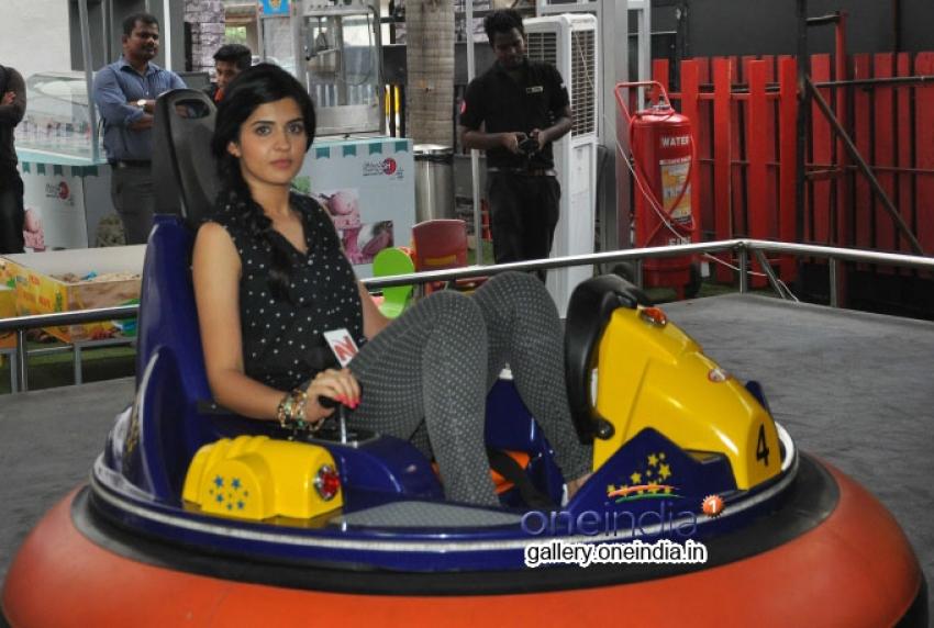 Lekar Hum Deewana Dil Movie promotes at Splash Photos