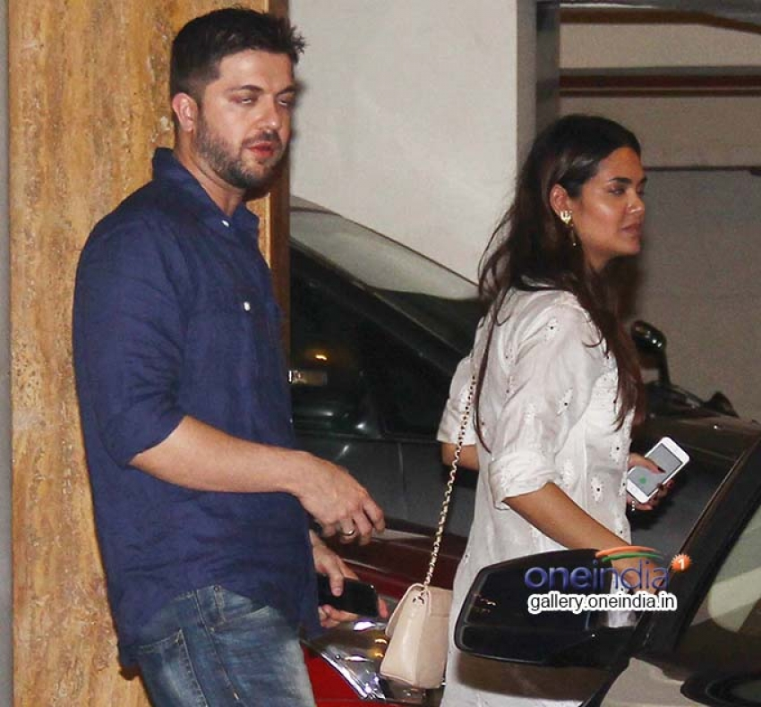 Humshakals Cast Snapped at Saif ali Khan's House for a Dinner Photos