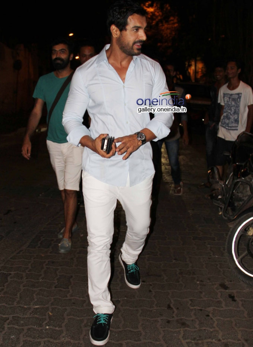 John Abraham snapped in bandra Photos