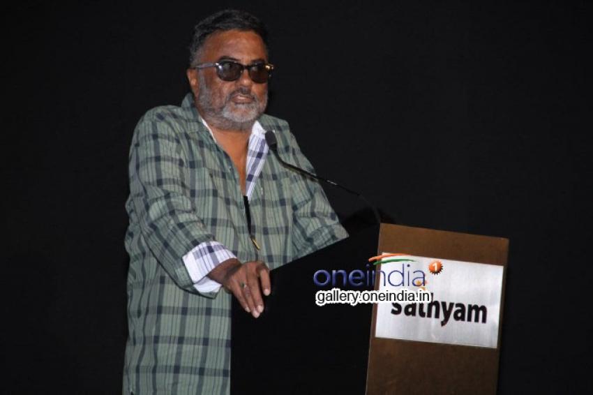 Kalavu Thozhirchalai Audio Launch Photos