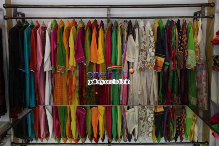 Kirron Kher Launches VAYA's 3rd Store Photos