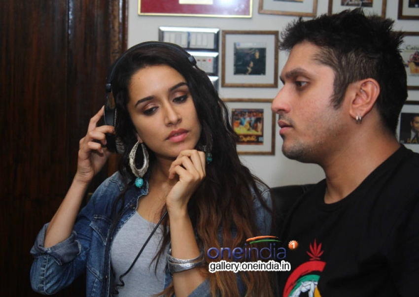 Shraddha Kapoor records song for Mohit Suri's Ek Villain Photos