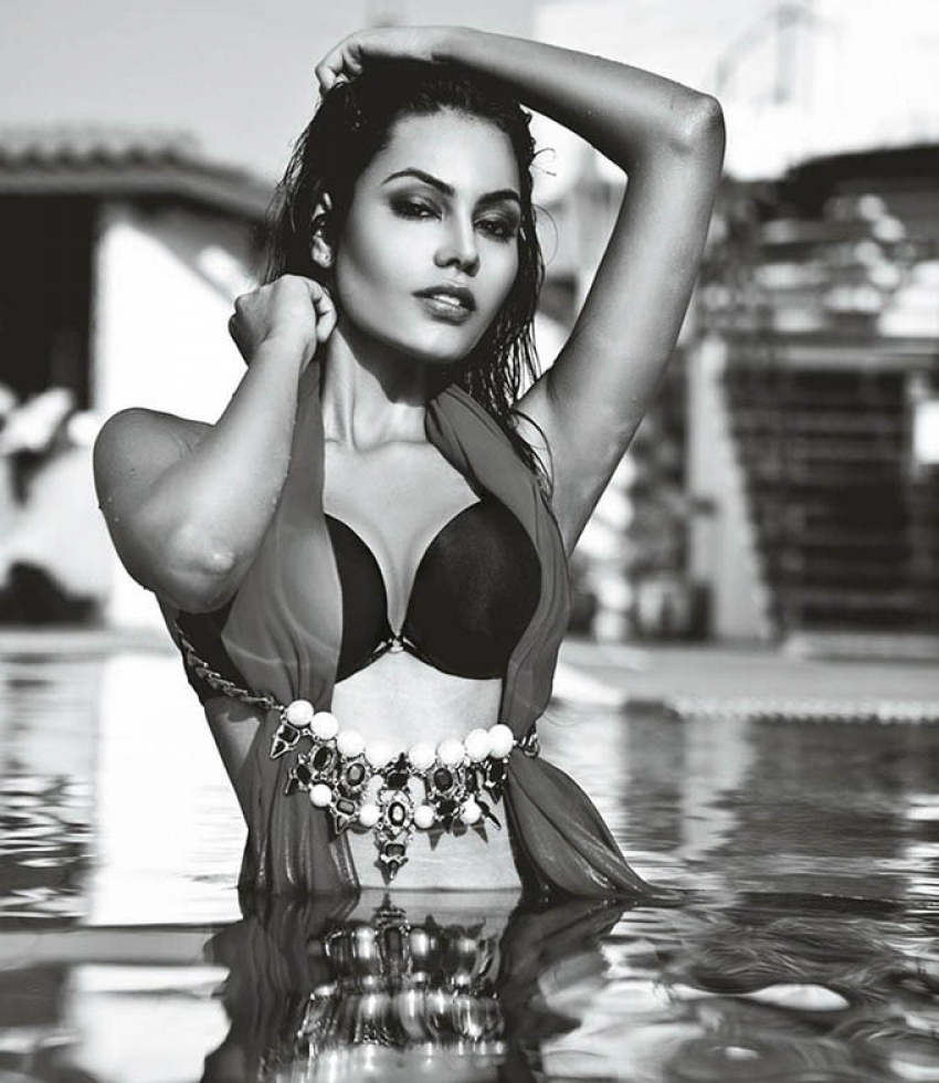 Srishti Rana Hot Bikini Photoshoot For Mandate Magazine Photos