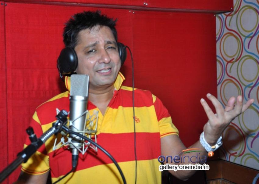 Sukhwinder Singh at Song recording of Rab Mujhe Pyaar Ho Gaya Photos