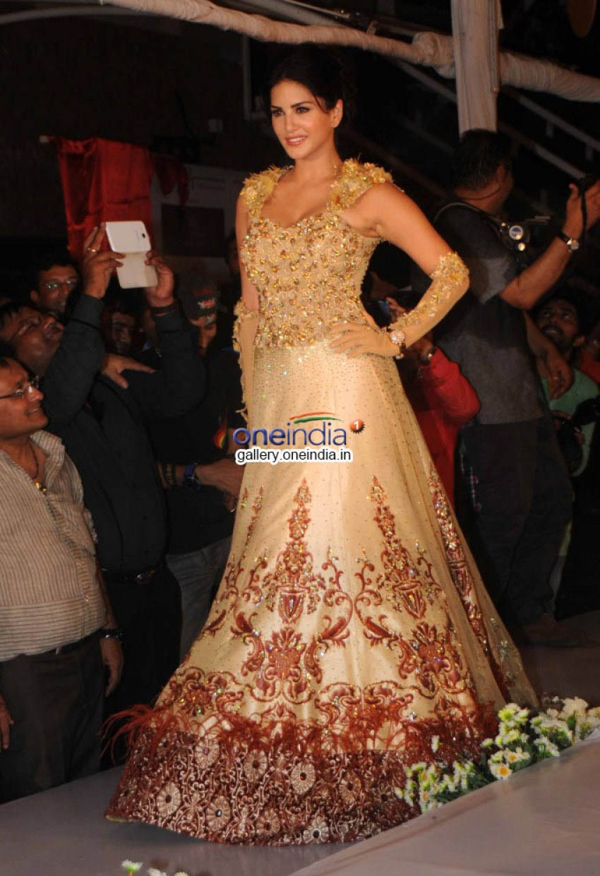 Sunny Leone & Koena Mitra walk the Ramp for Rohit Verma Collection Photos