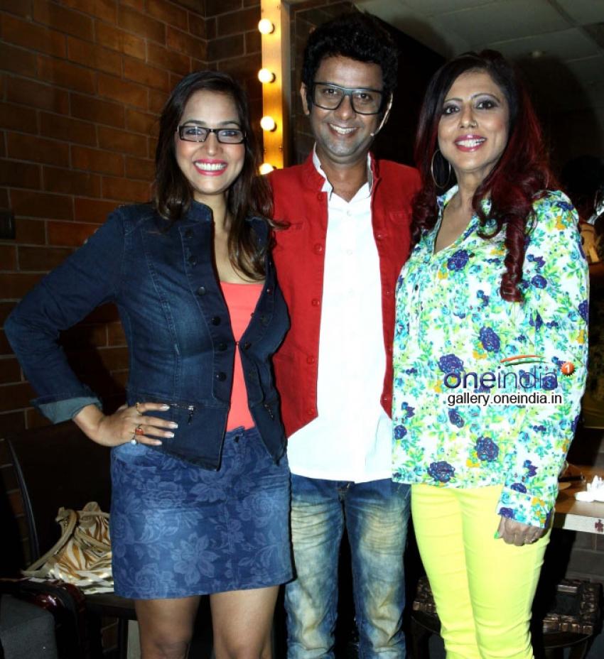 Rehman Khan's stand up comedy show Love, Sex N Politics Launches Photos