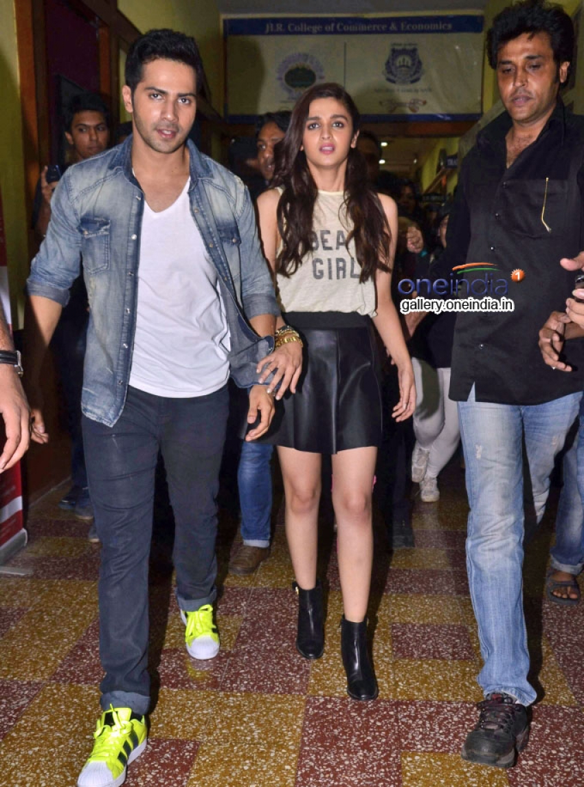 Humpty Sharma Ki Dulhania movie promotions at HR College Photos