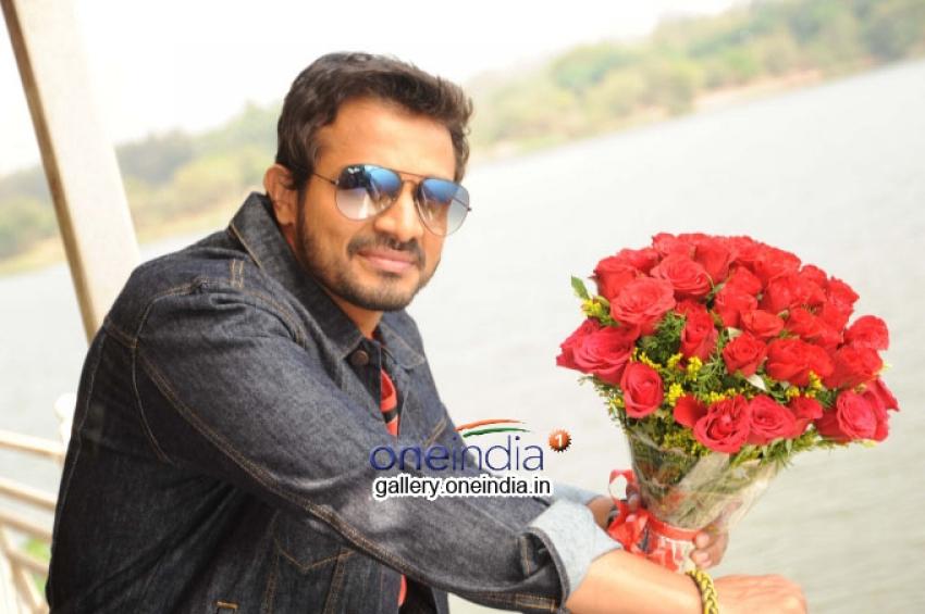 Vijay Raghavendra Photos