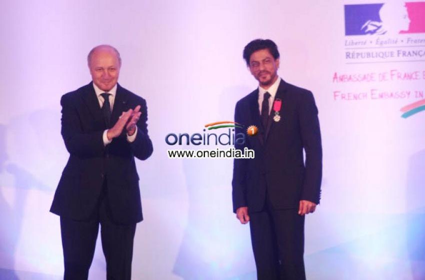 Shahrukh Khan conferred with Chevalier de la Legion d'Honneur Photos