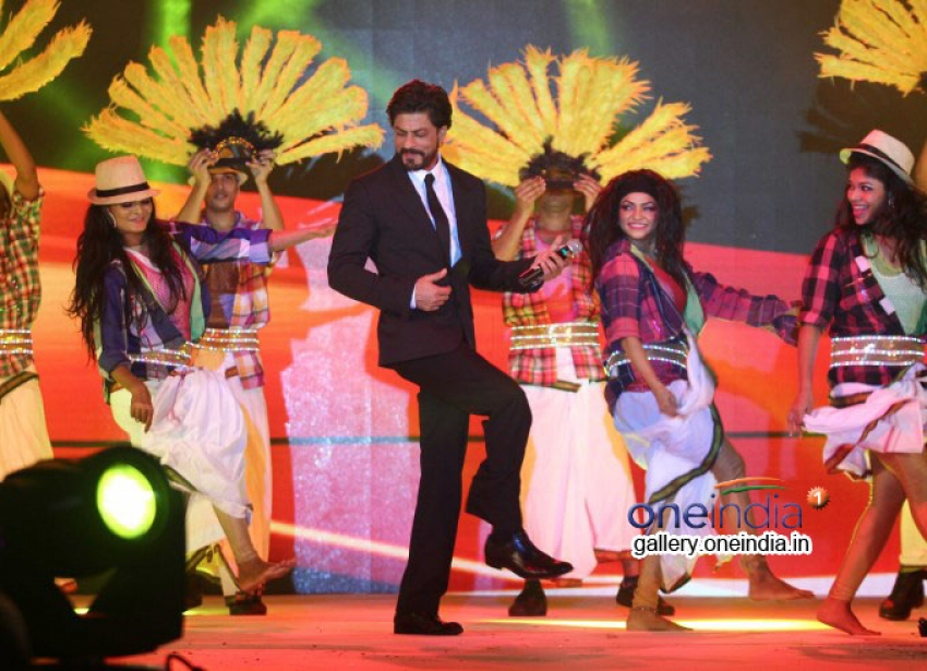 SRK Launches Leading Jewellers of the World Presents Ticket to Bollywood Photos