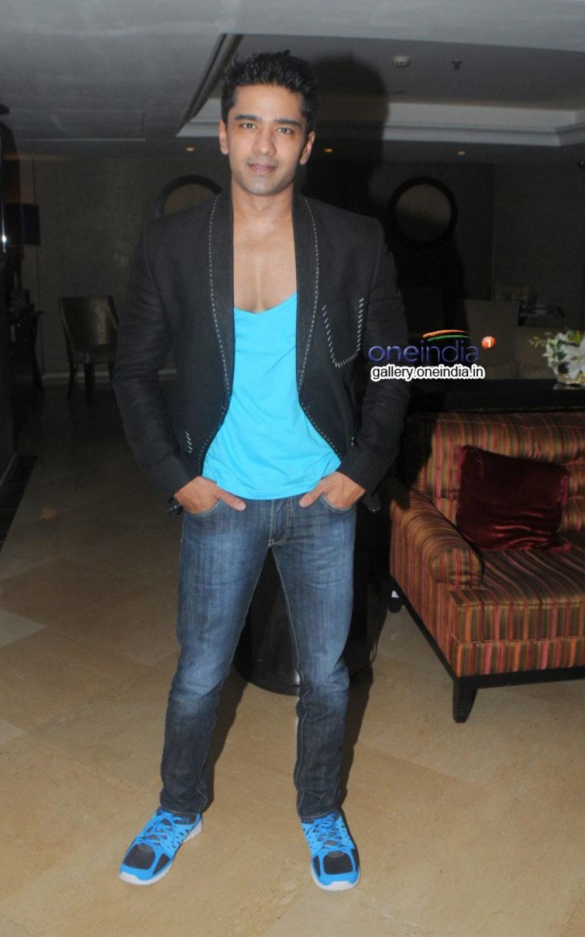Mika Singh Launches Dilbagh Singh's Album Photos