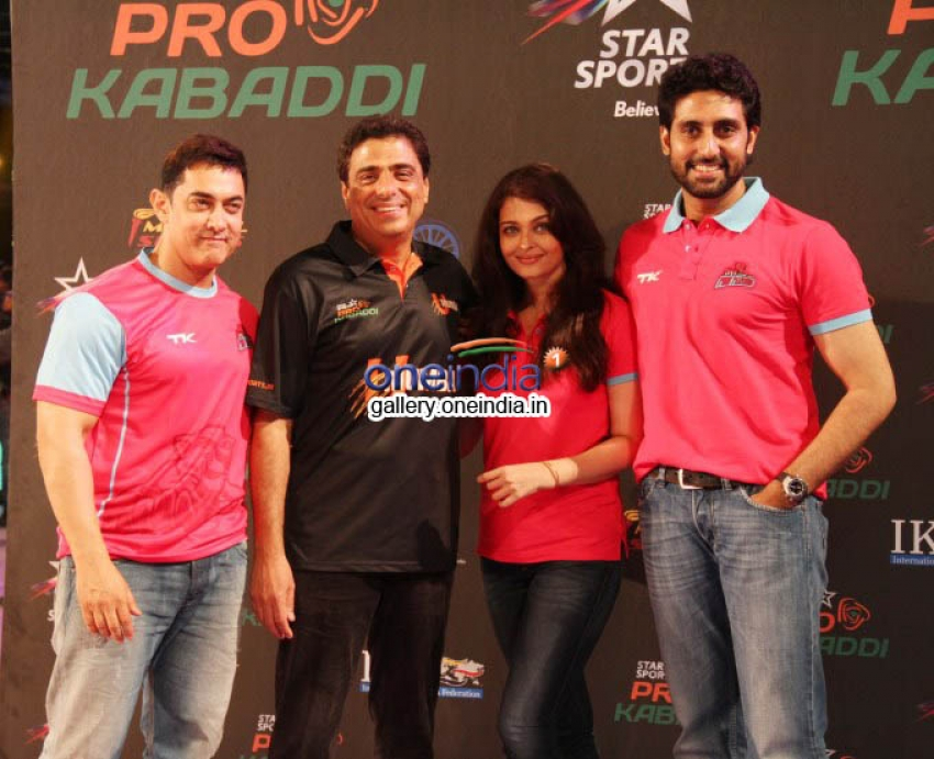 Aamir, Shahrukh, Sachin Support Bachchan Family Pink Panthers Photos