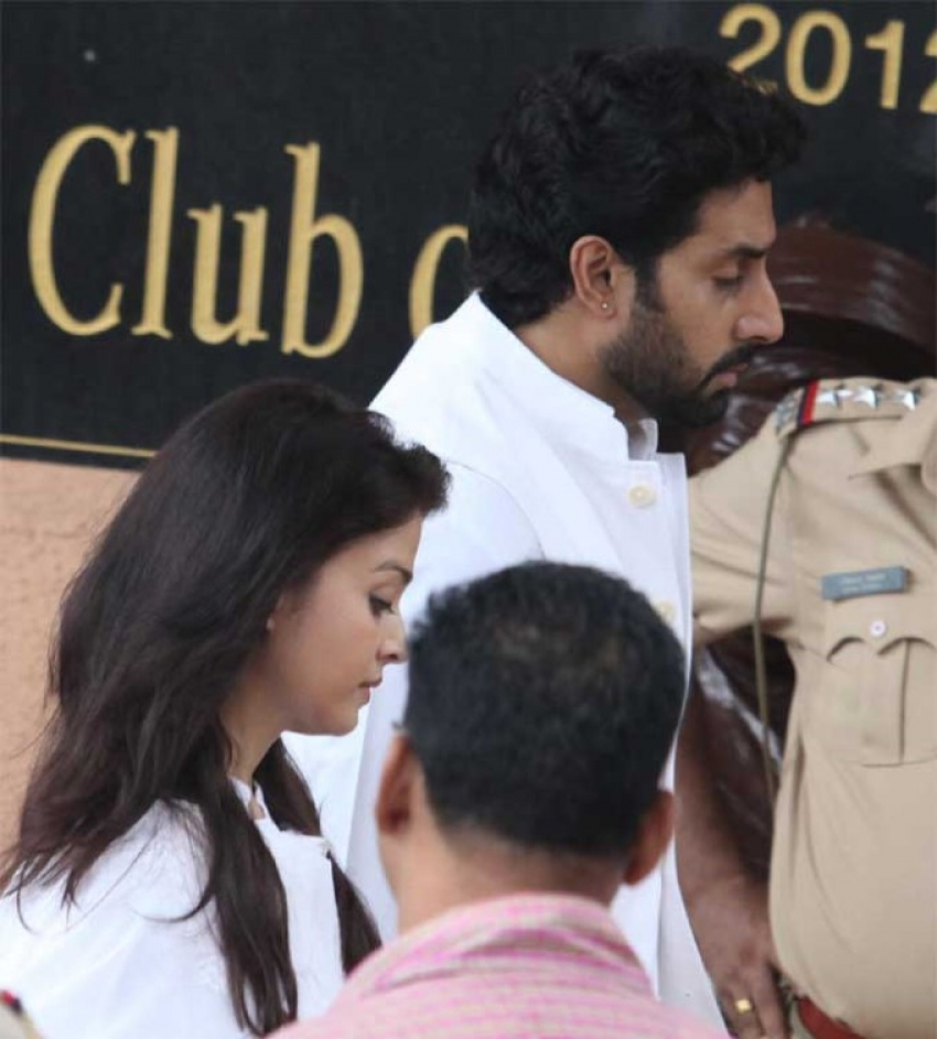 Aishwarya, Abhishek at Funeral of Nita Ambani's Father Photos