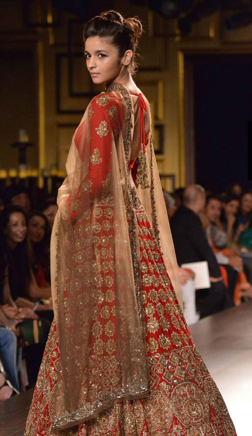 Celebs at Indian Couture Week 2014 Photos