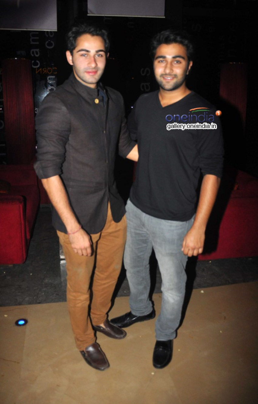 Special Screening of Lekar Hum Deewana Dil Photos
