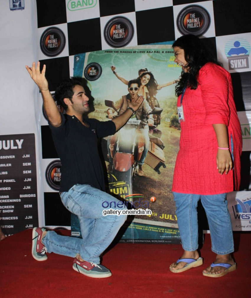 Armaan Jain Promotes Film Lekar Hum Deewana Dil at Mithibai College Photos