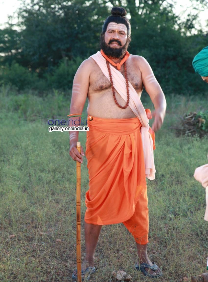 Nayakana Hatti Thipperudra Swami Mahathme Photos