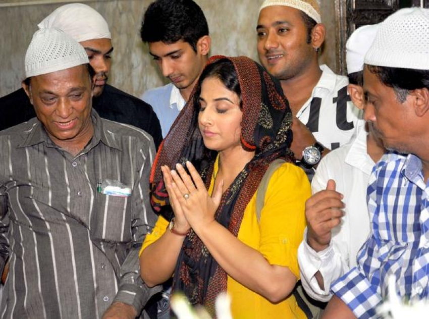 Bollywood Celebs Turn Religious Before Movie Release Photos