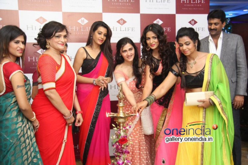 Deeksha Panth inaugurates HI-Life Designer Exhibition Photos