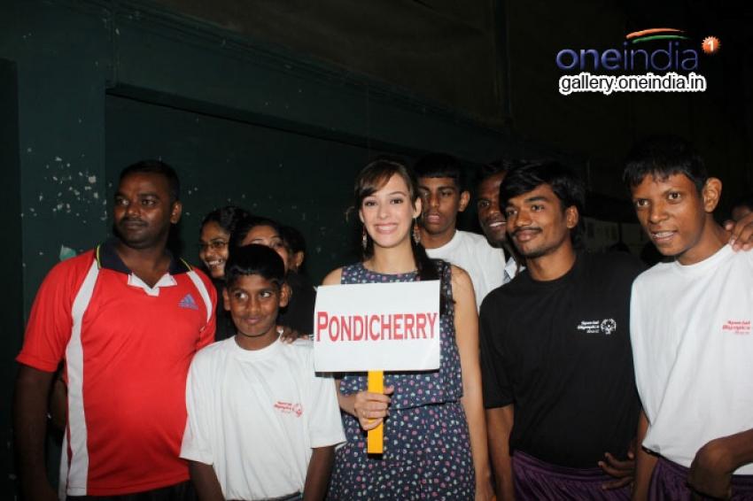 Hazel Keech supports National Badminton Championship 2014 Photos