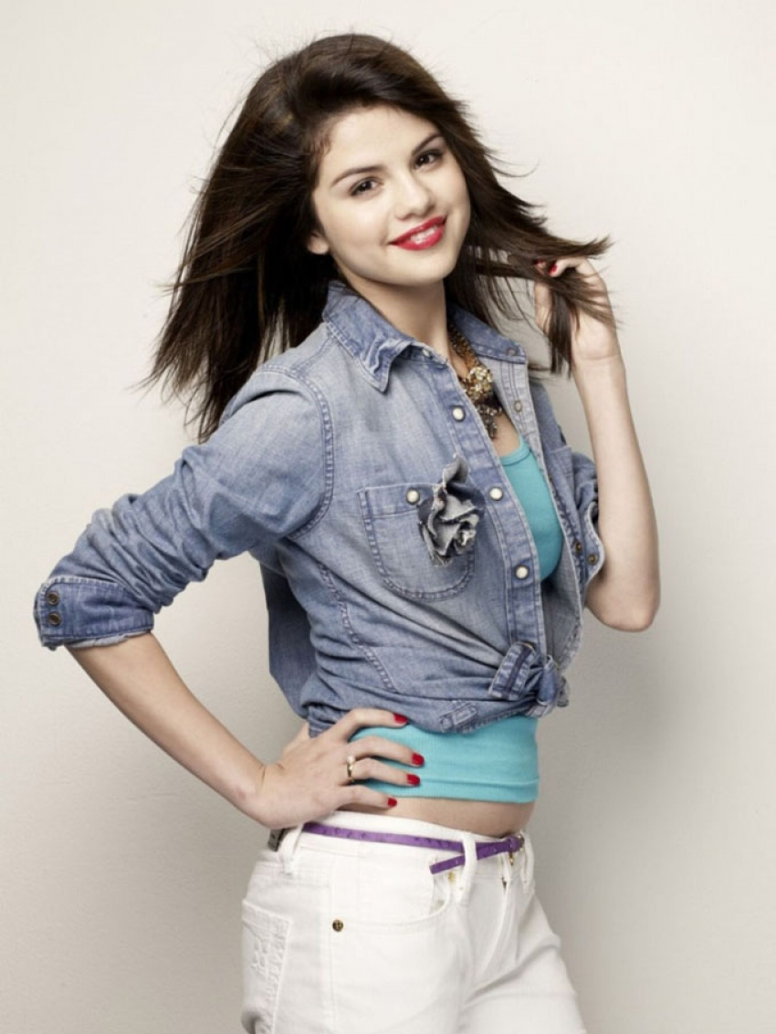 selena gomez photos hd latest images pictures stills of selena