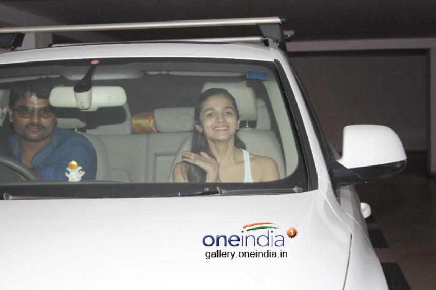 Siddharth Malhotra, Varun Dhawan and Alia Bhatt Snapped at Karan Johar's House Photos
