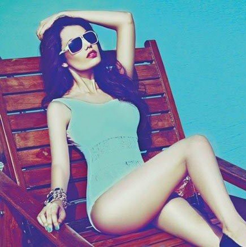 Srishti Rana In Bikini From Mandate Magazine Photos