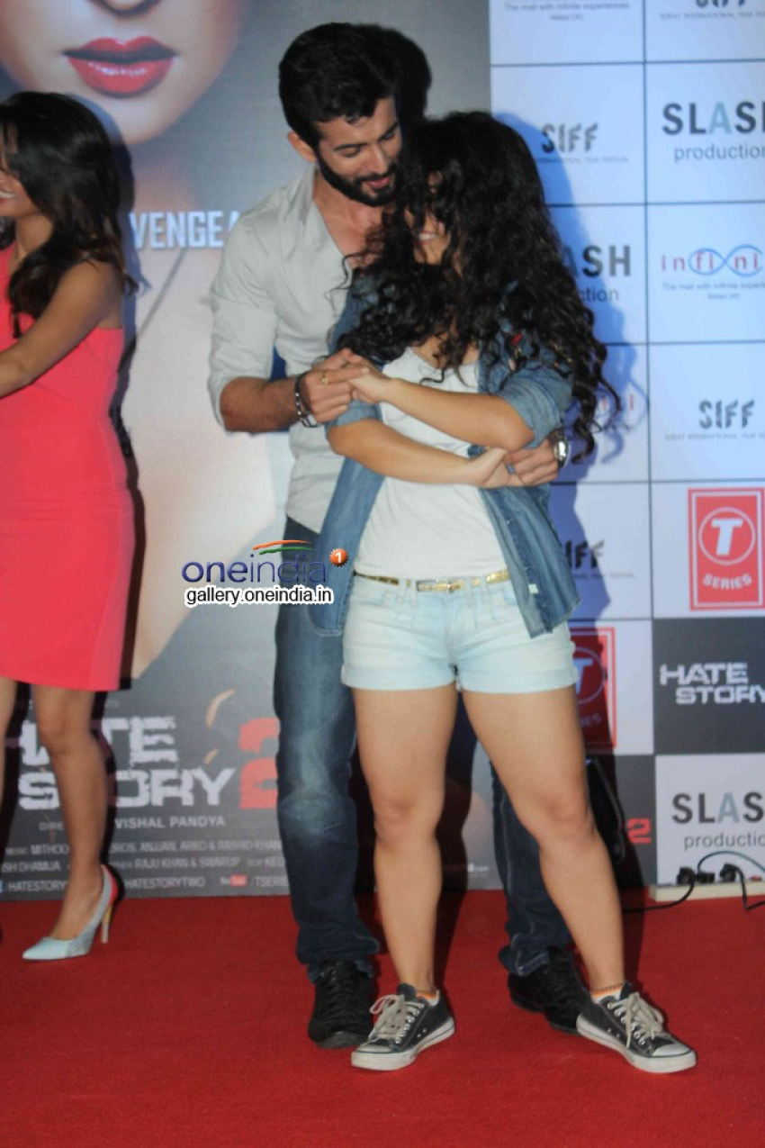 Hate Story 2 Promotion at Infinity Mall Photos