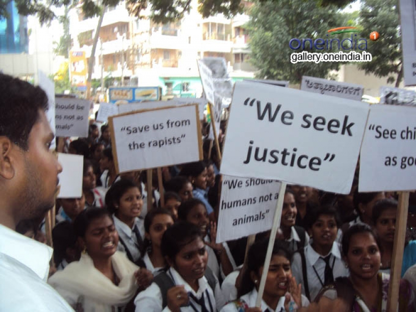 Vasavi students protest against rape in Bangalore Photos
