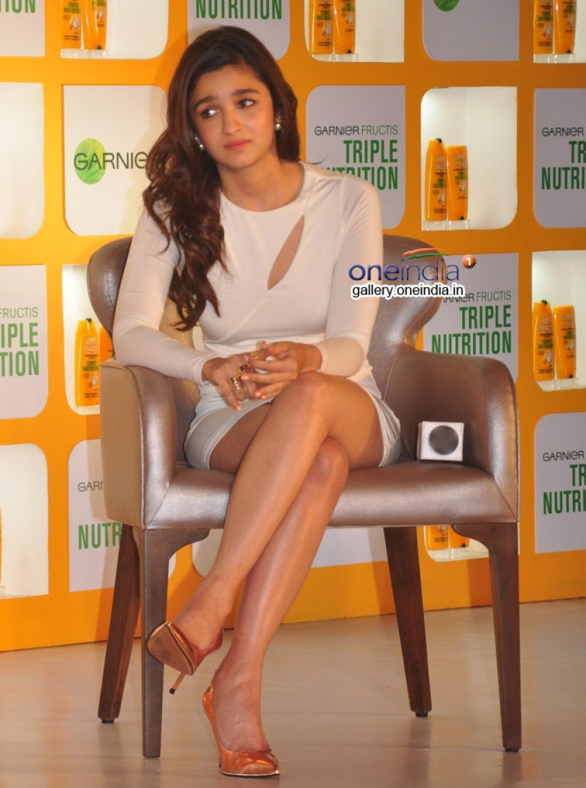 Alia Bhatt launches Garnier Fructis Triple Nutrition Photos