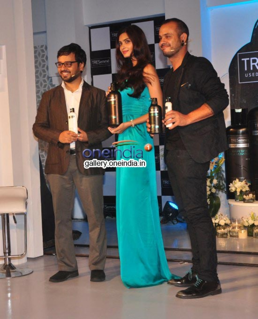 Diana Penty launches Tresemme hair products Photos