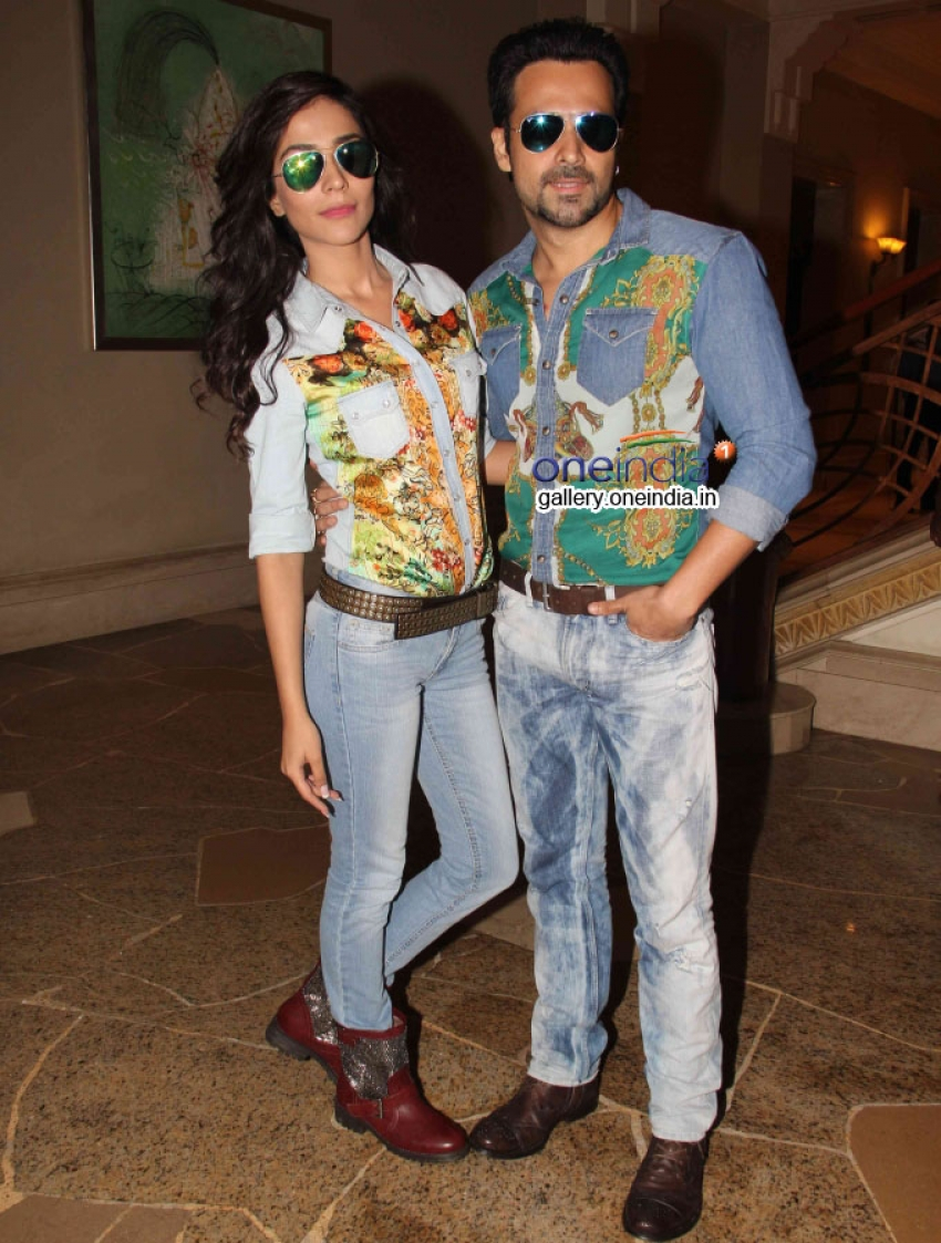 Emraan and Humaima launches Raja Natwarlal's Flip Your Collar Back Song Photos