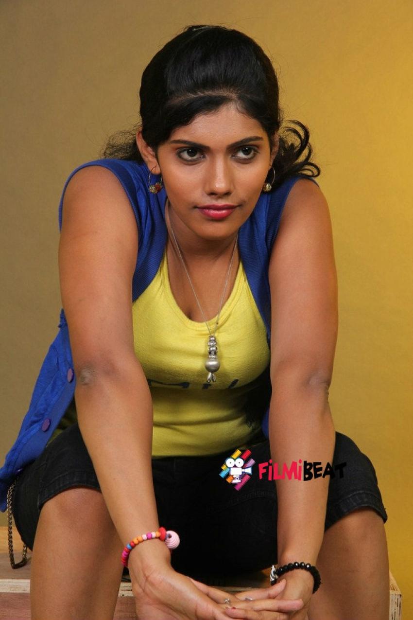 Thanthira Punnagai Photos