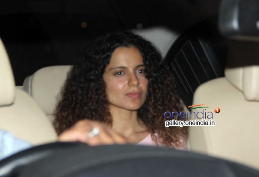 Kangana Ranaut snapped at bandra Photos