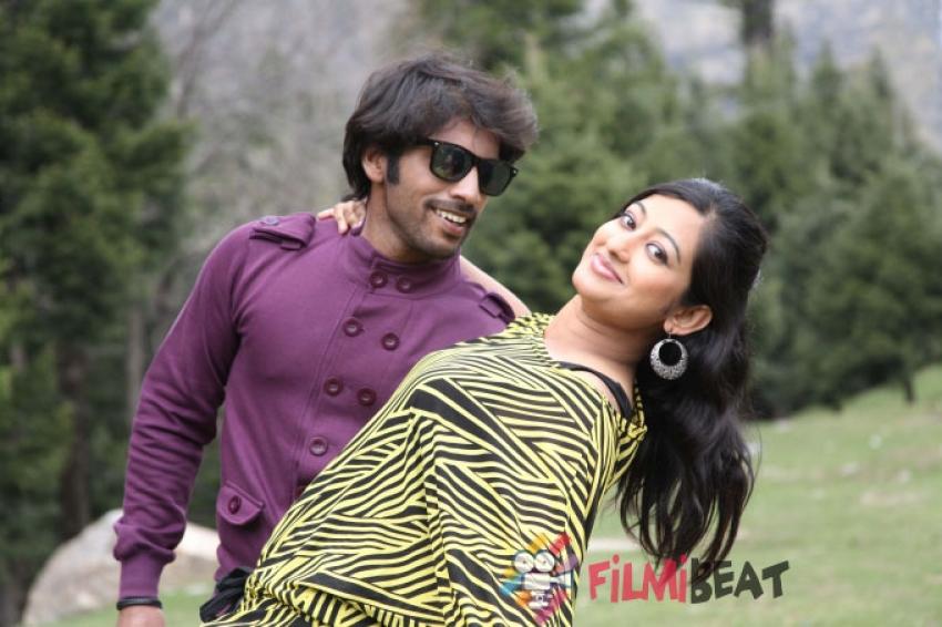 Moda Modala Mathu Chanda Photos