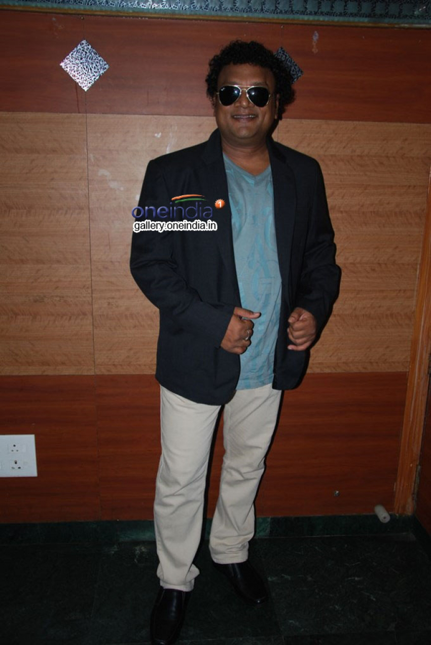 Nadigavel MR Radha in Ratha Kanneer Stage Show Press Meet Photos