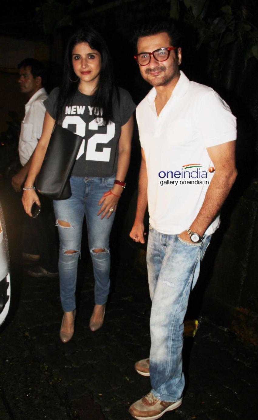 Kareena Kapoor Khan and other celebs spotted at Nido Photos